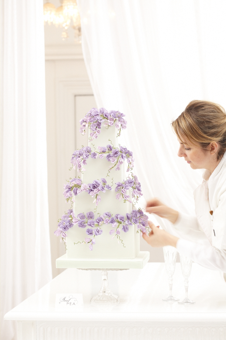 2013_01_30 Peggy Porschen_Floral wedding cake collection_Purple sweet peas12988.jpg