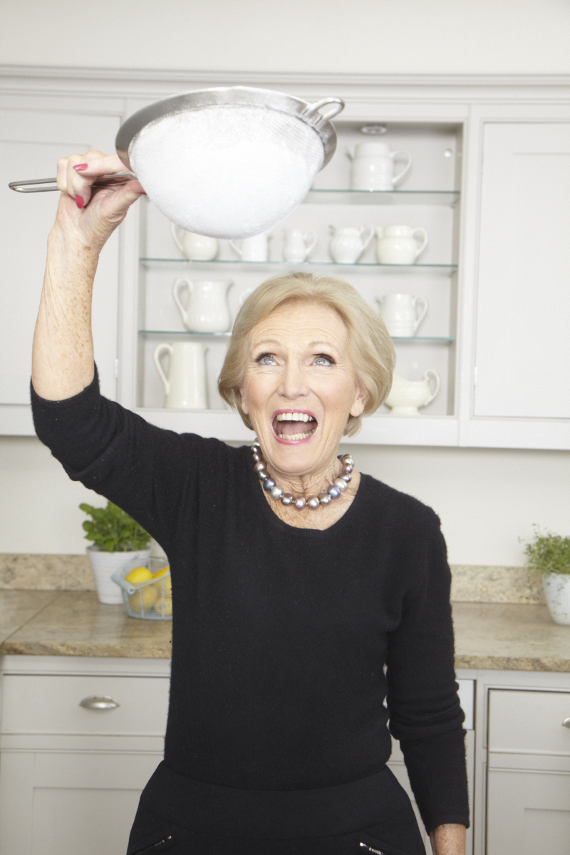 2013_12_18 Mary Berry_DK Perfect Cover_Kitchen_0922