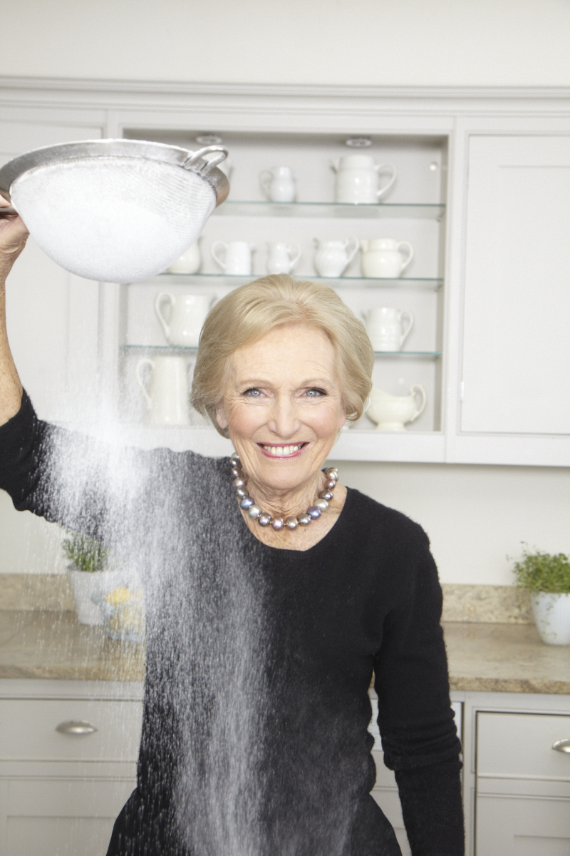 2013_12_18 Mary Berry_DK Perfect Cover_Kitchen_0932