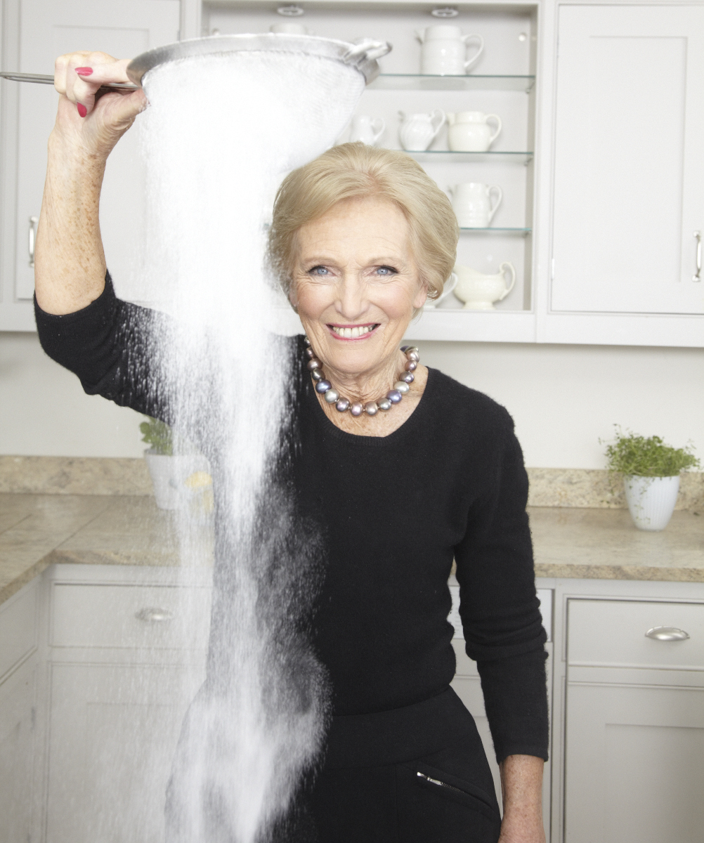 2013_12_18 Mary Berry_DK Perfect Cover_Kitchen_0938