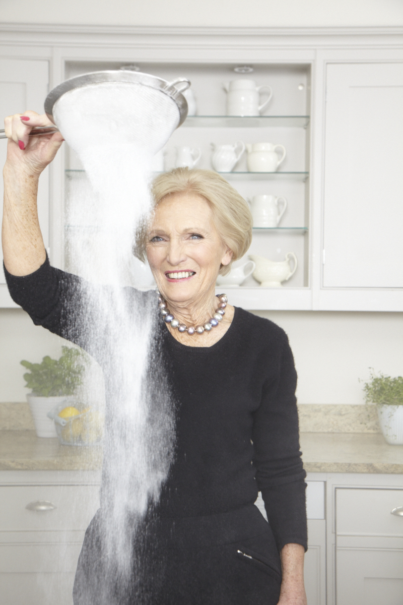 2013_12_18 Mary Berry_DK Perfect Cover_Kitchen_0947