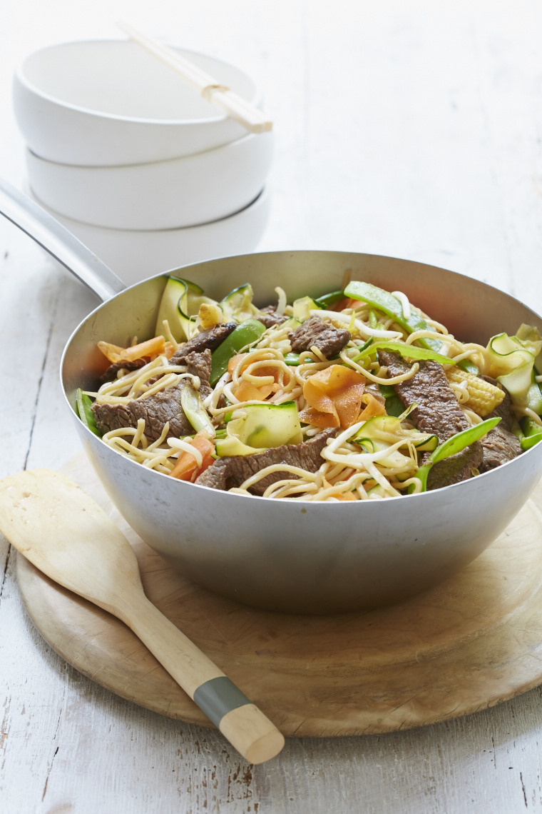 2015_10_13_Mary_Berry_Foolproof_beef_stir_fry_ribbon_veg_0393
