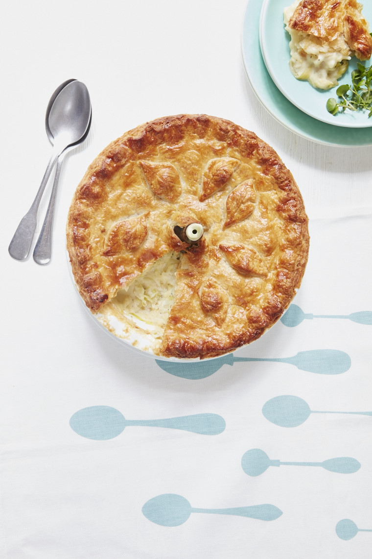 2016_09_26_Mary_Berry_Everyday_Potato_cheese_pie_13242