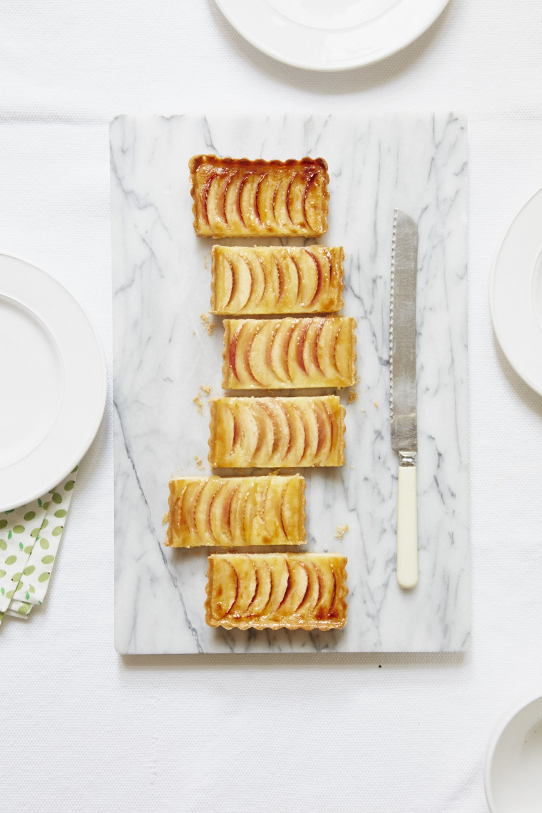 2016_10_04_Mary_Berry_Everyday_apple_lemon_galette_15058