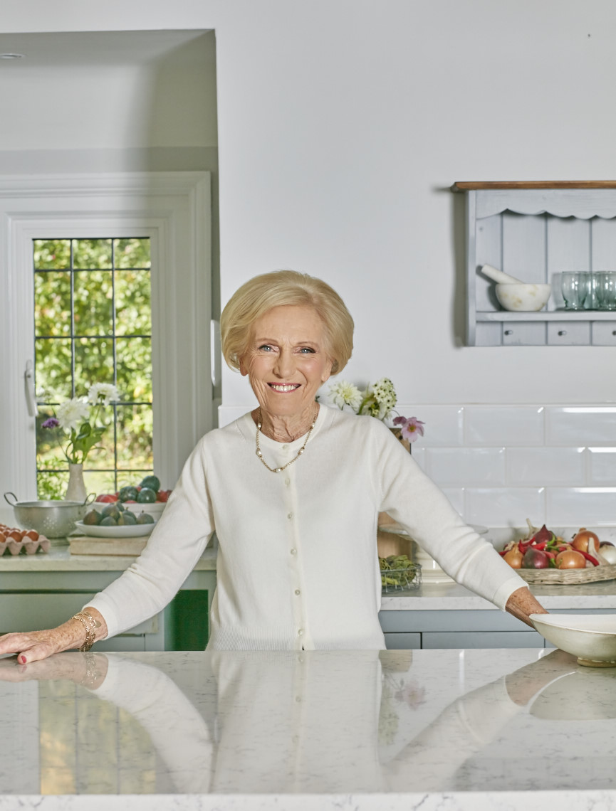 2017_10_02_Mary_Berry_Classics_Cover_122