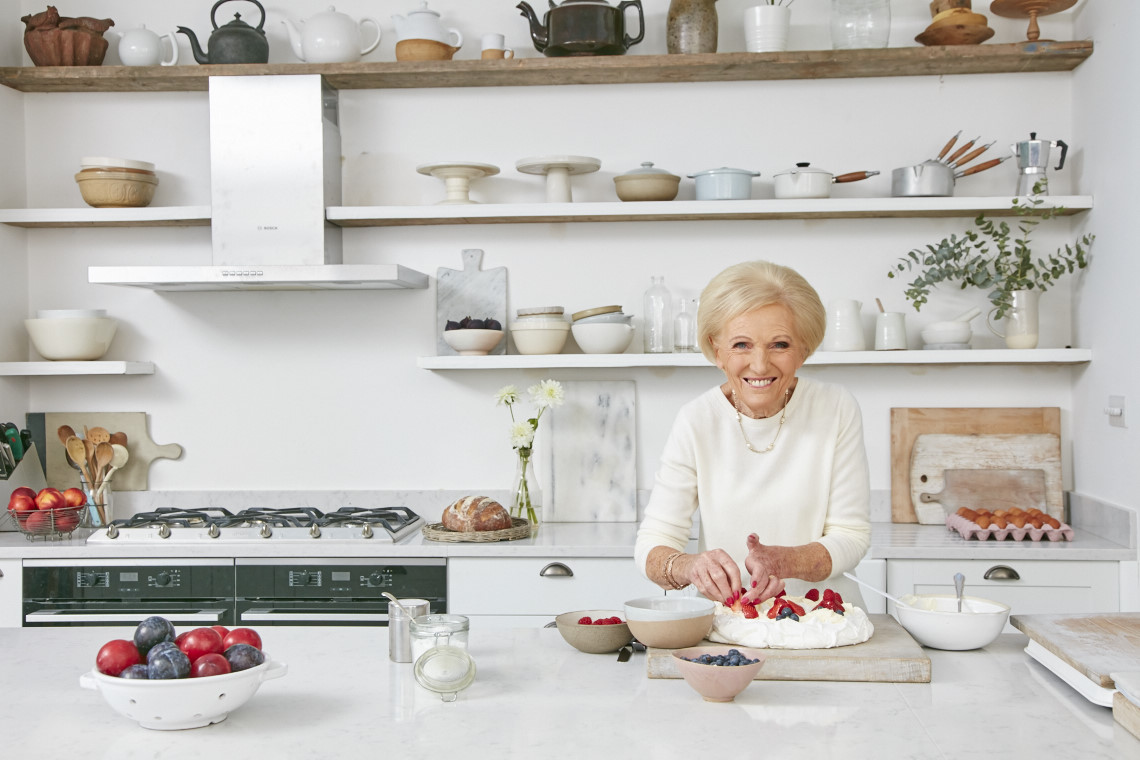 2017_10_03_Mary_Berry_Classics_Cover_094