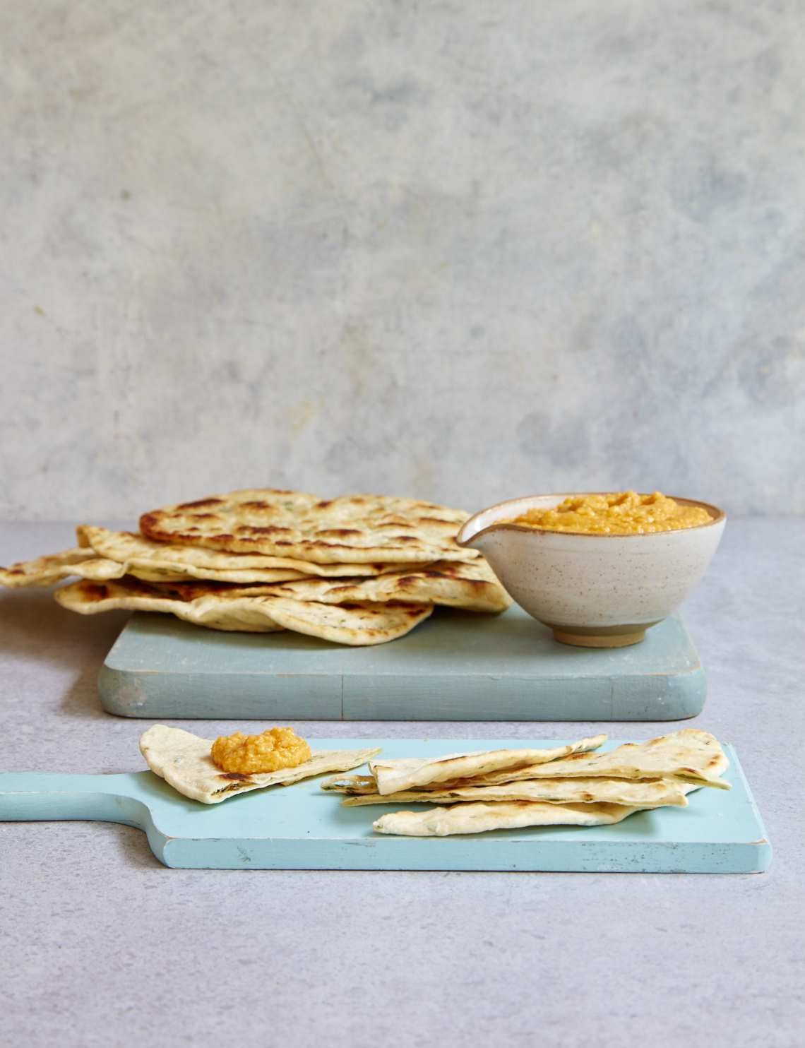 2018_09_05_MB_Quick_flatbreads_hummus_42882