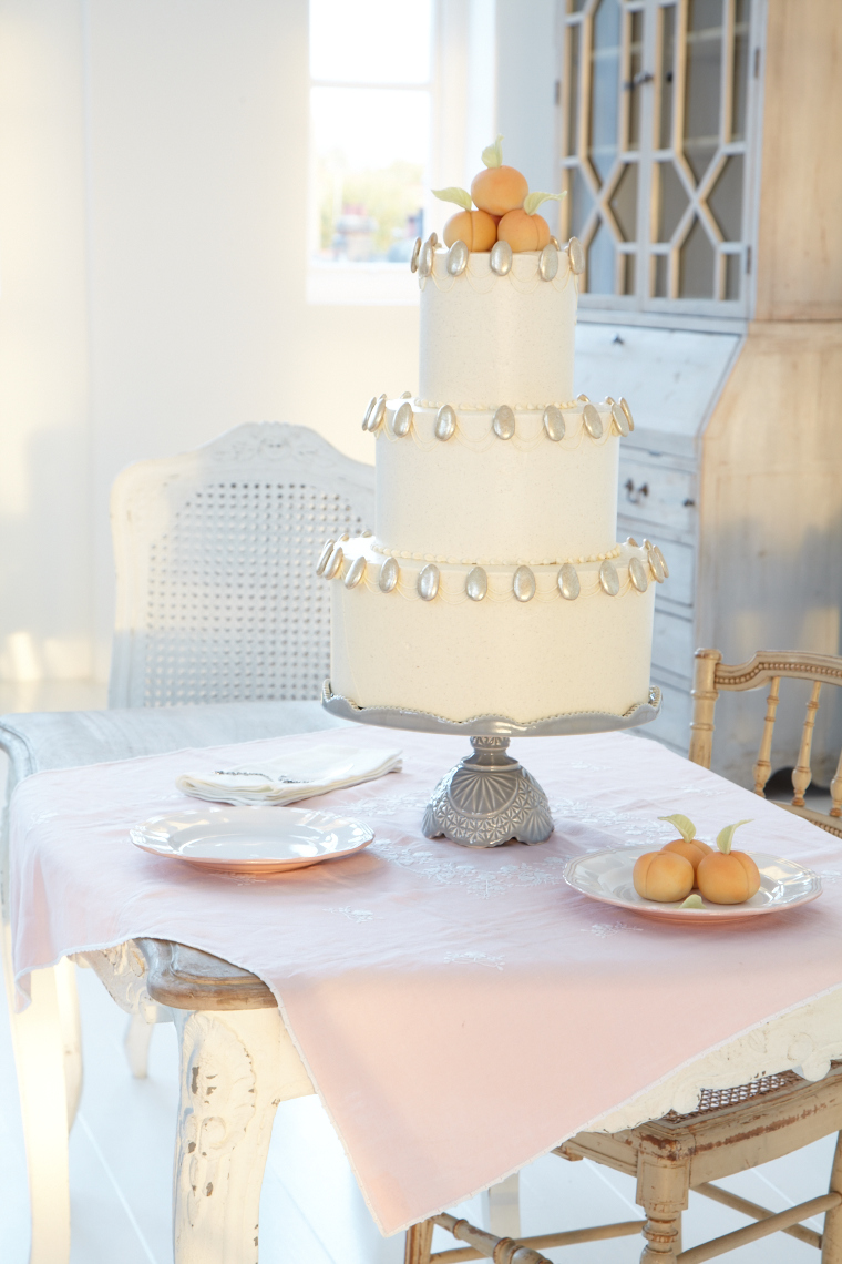Layer Cakes_Peach and Almond 24508