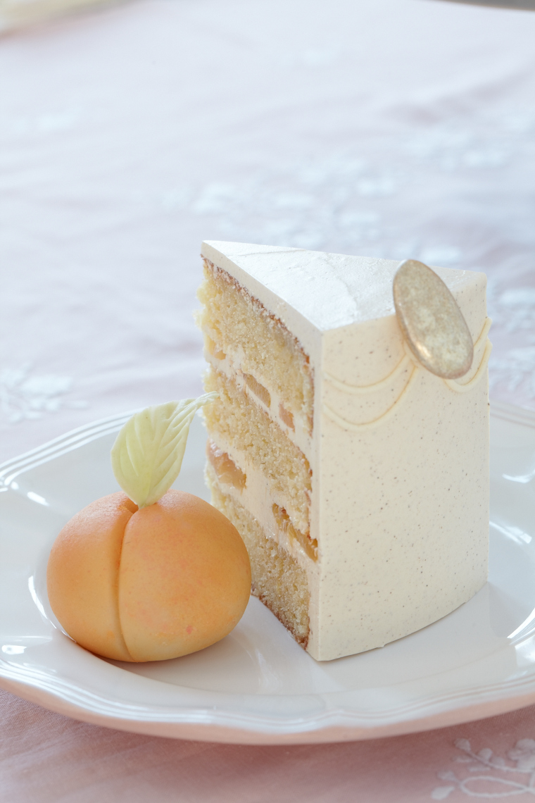 Layer Cakes_Peach and Almond 24542