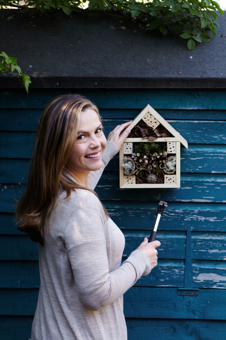 Liz Earle_Summer 2015_bughotel_36750