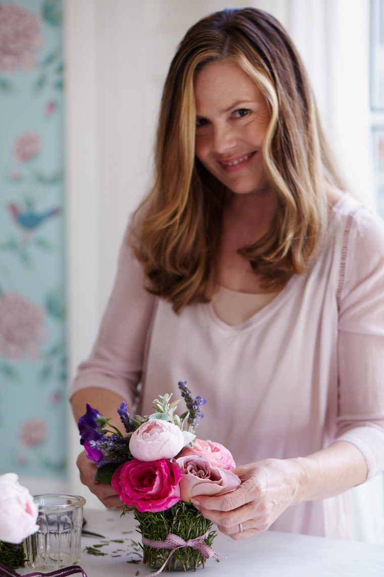 Liz Earle_Summer 2015_roseproject_236805