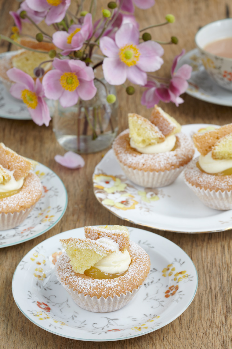 afternoon-tea_orange-butterfly-cakes_8882.jpg